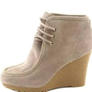 MICHAEL KORS Rory Tan Wedge Lace Up Booties